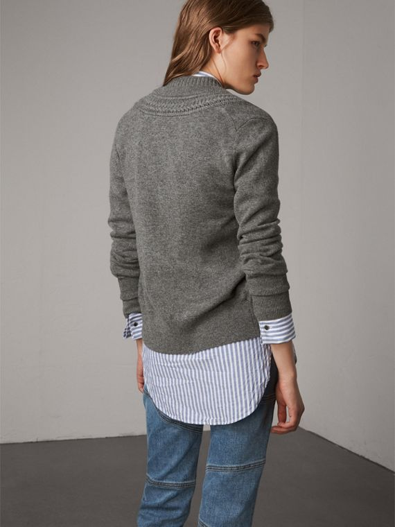 Cable Knit Detail Cashmere Cardigan in Mid Grey Melange - Women | Burberry - cell image 2