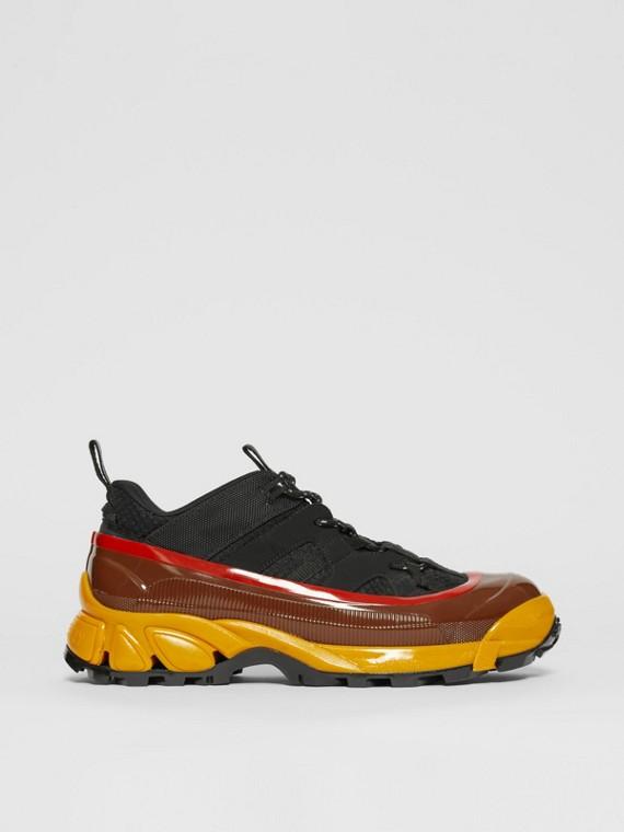 Sneakers Arthur en mesh, nylon et nubuck (Noir/jaune)