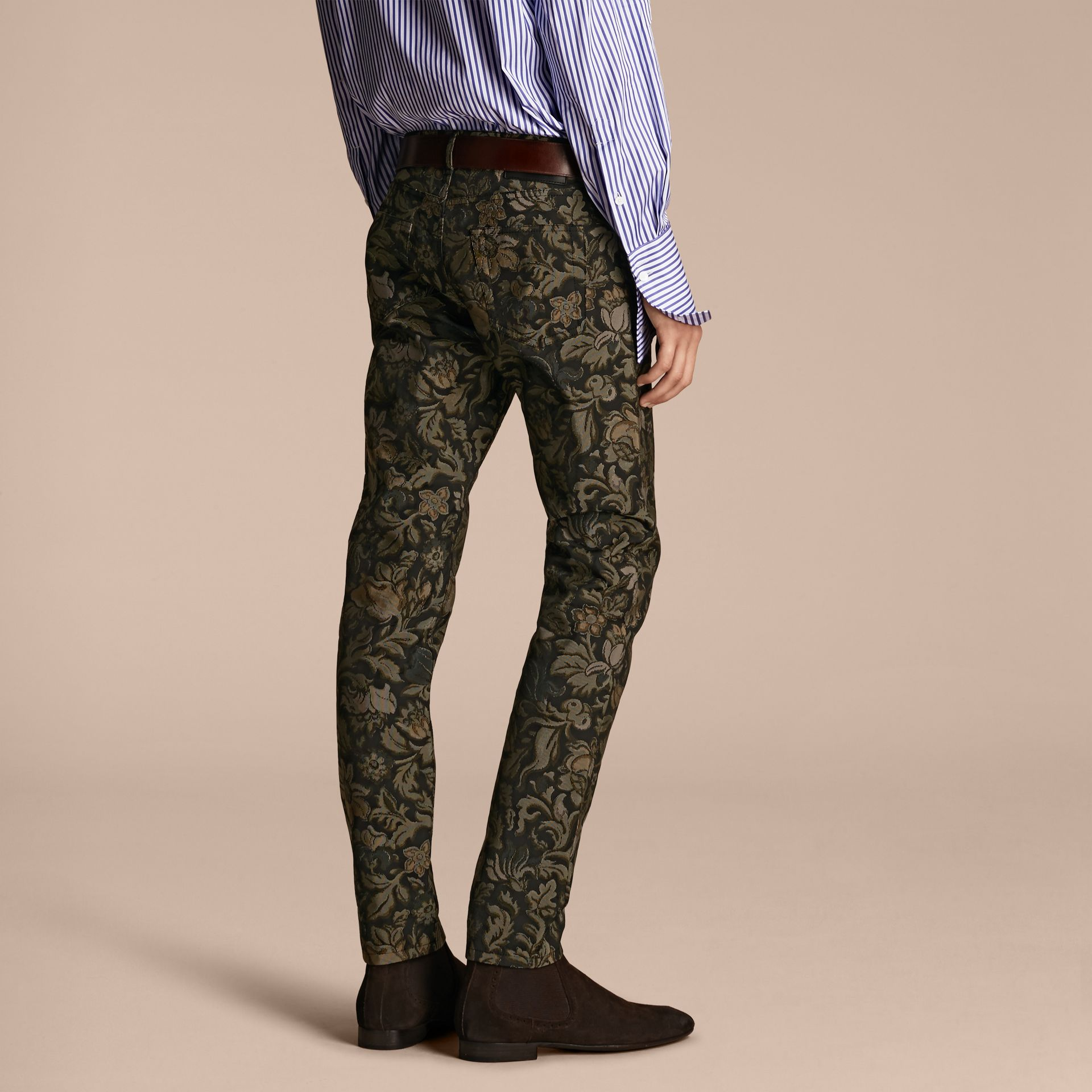 Sálvia Calças jeans com estampa floral em jacquard e corte slim Sálvia - galeria de imagens 3