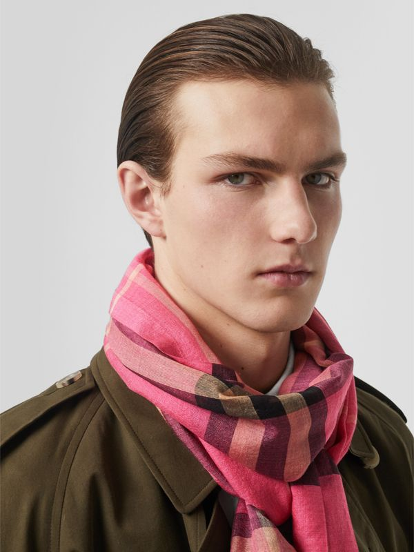Lightweight Check Wool and Silk Scarf in Rose Pink | Burberry - cell image 3