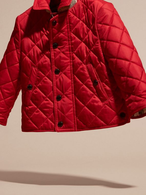 Lightweight Quilted Jacket in Bright Cherry Red - cell image 2