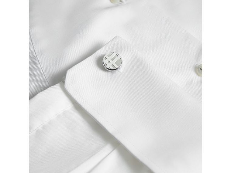 Check-engraved Round Cufflinks in Silver - Men | Burberry Australia - cell image 2