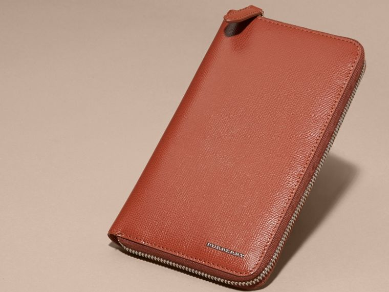Burnt sienna London Leather Ziparound Wallet Burnt Sienna - cell image 4