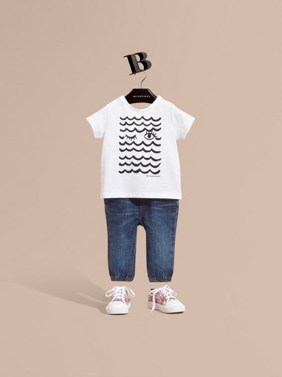 Waves and Eye Graphic Print Cotton T-shirt