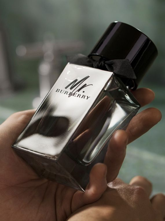 Mr. Burberry Eau de Parfum Set in Black - Men | Burberry United Kingdom - cell image 3