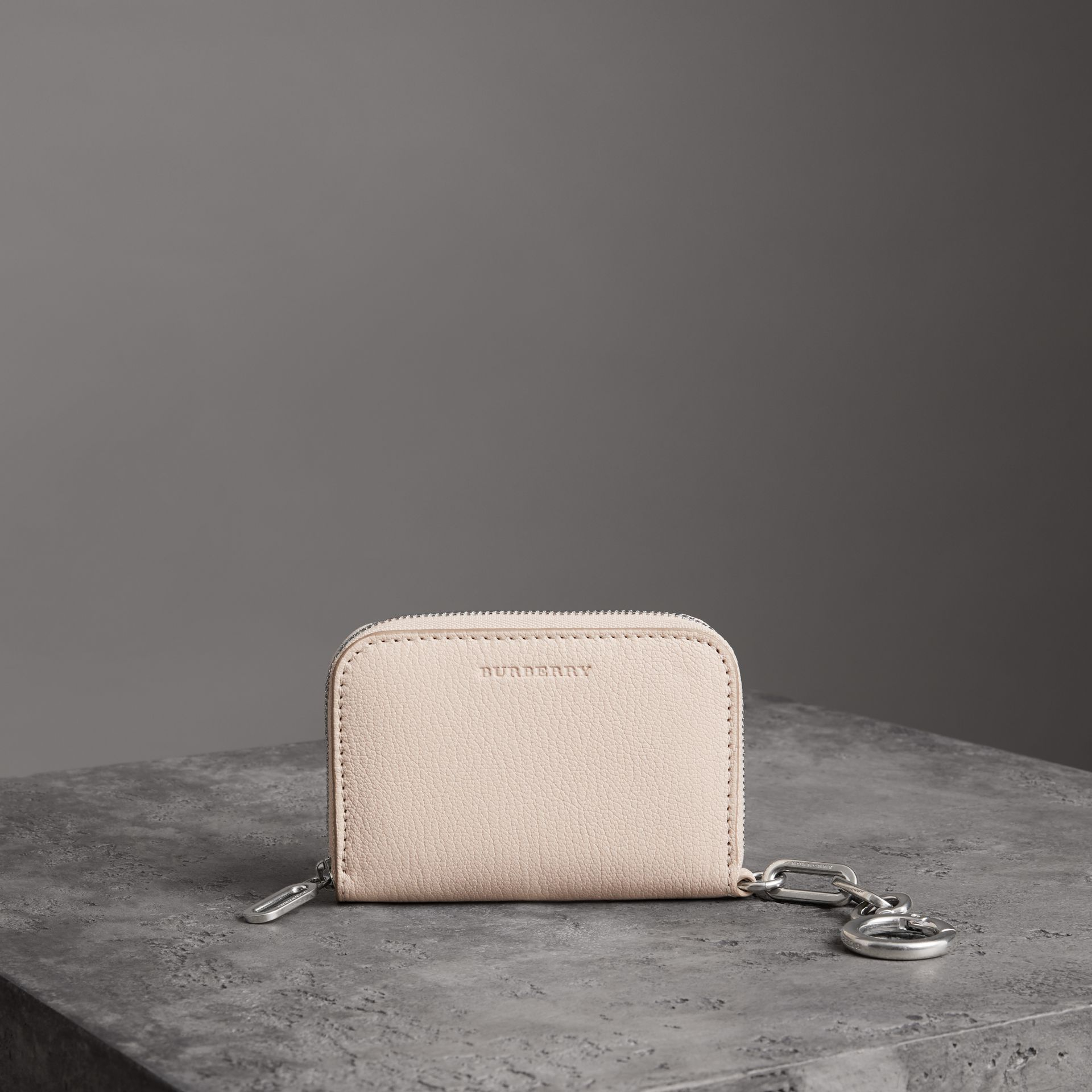 Link Detail Leather Ziparound Wallet in Stone - Women | Burberry Canada - gallery image 0