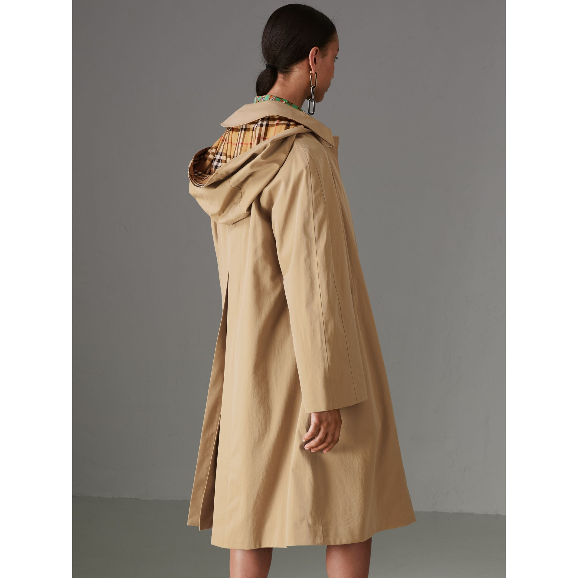 Detachable Hood Tropical Gabardine Car Coat in Honey - Women | Burberry - gallery image 2