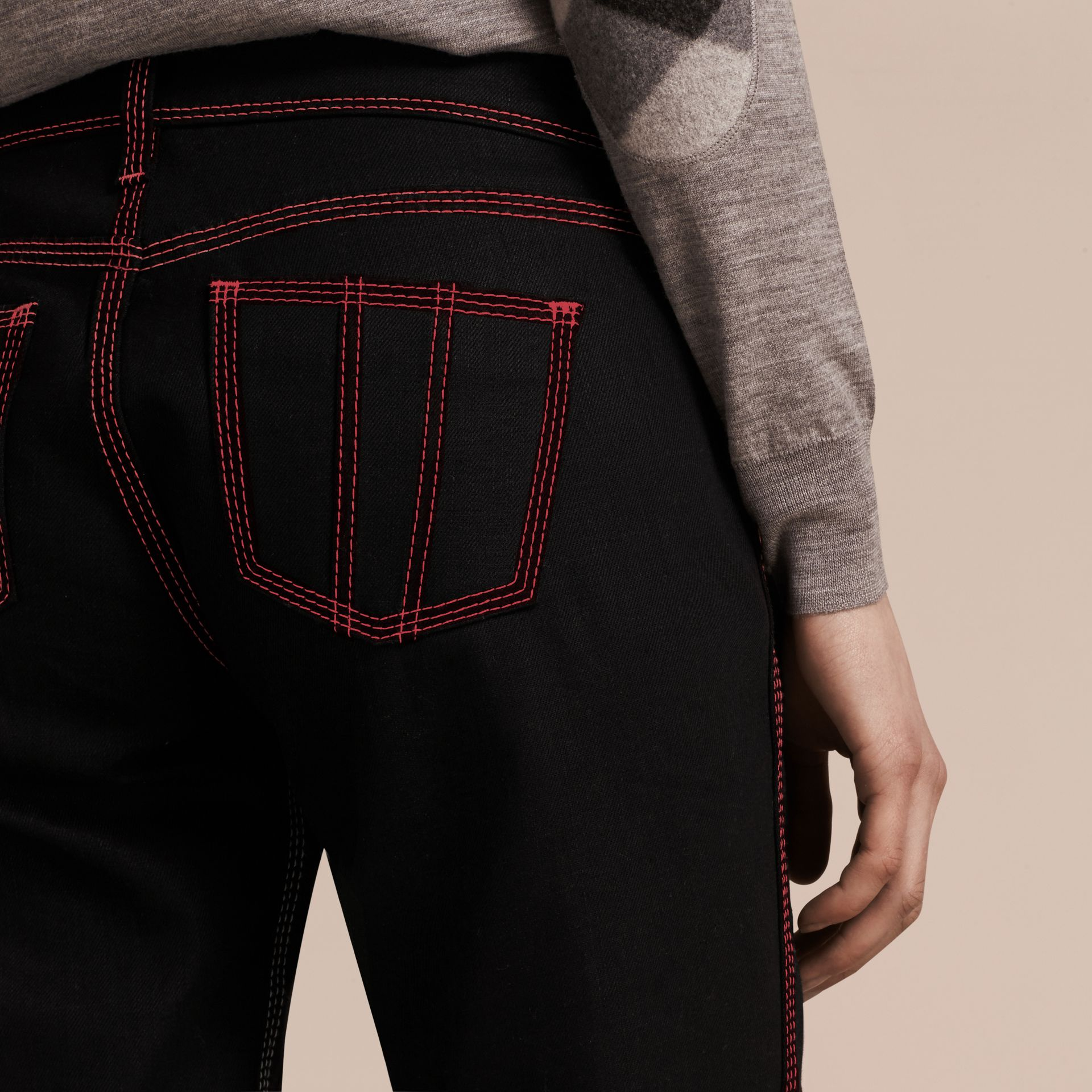 Black Skinny Fit Cropped Jeans with Topstitch Detail - gallery image 6