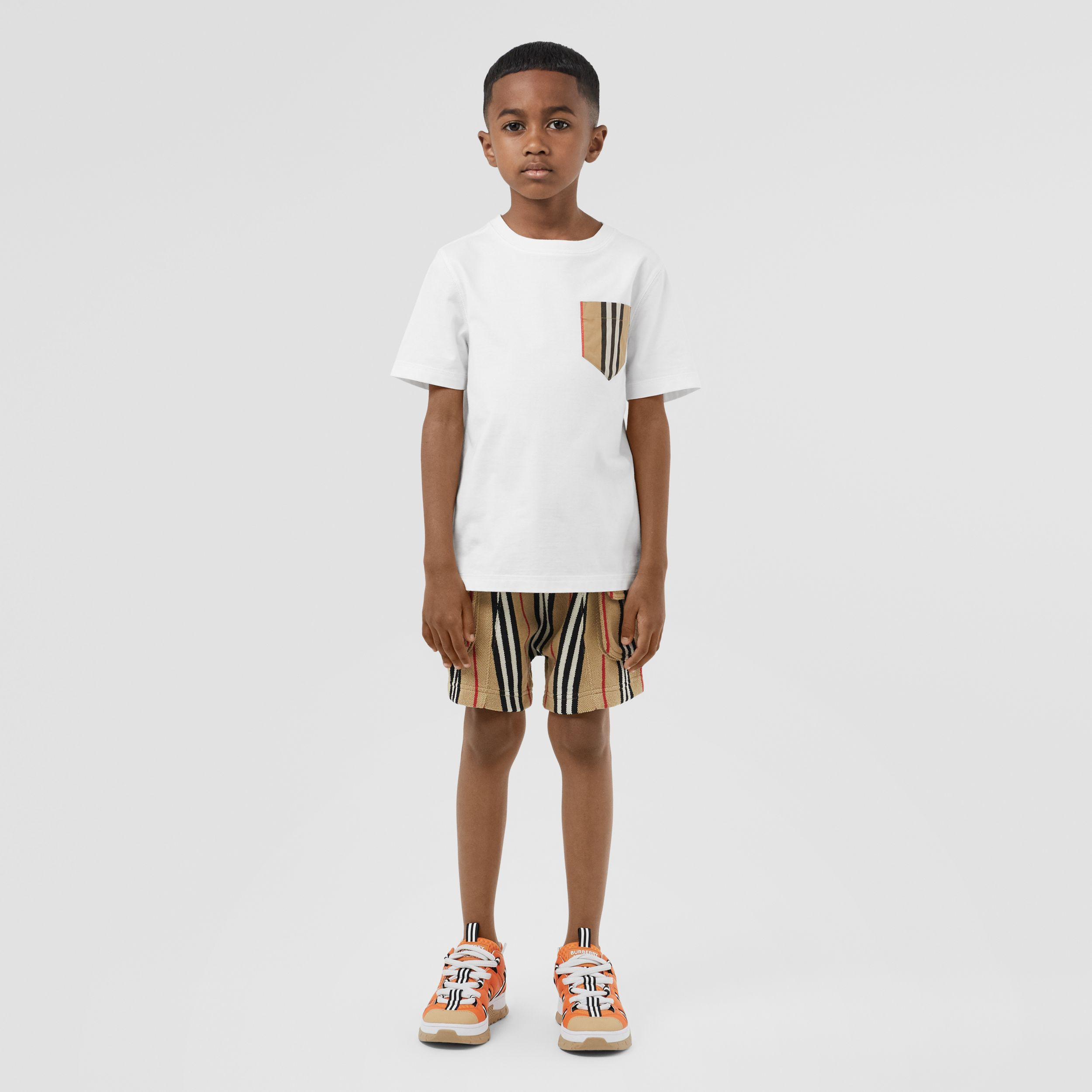 Icon Stripe Pocket Cotton T-shirt in White/archive Beige | Burberry - 3