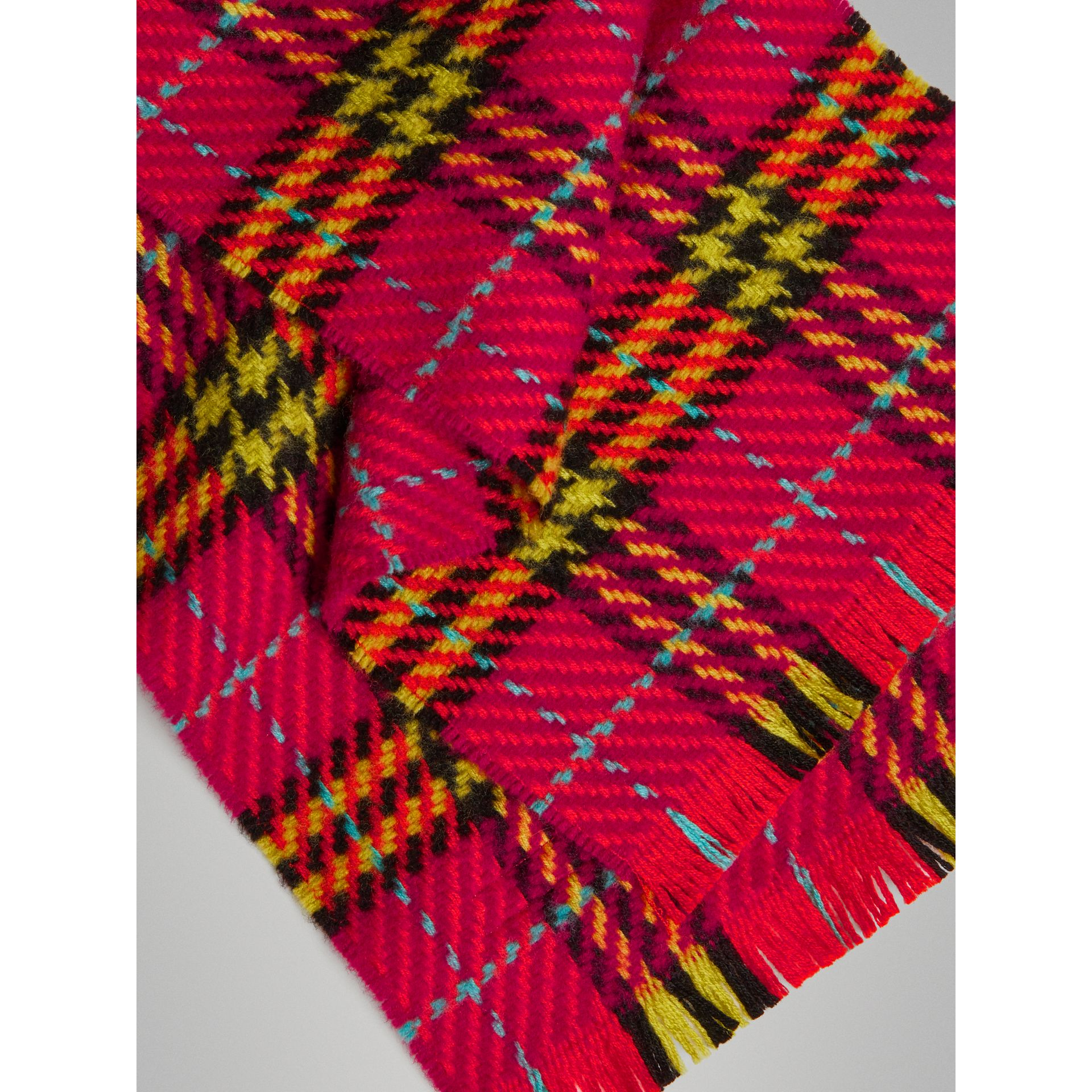 Vintage Check Merino Wool Scarf in Pomegranate Pink | Burberry Canada - gallery image 1