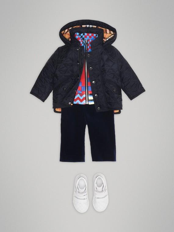 Стеганая куртка с капюшоном (Темно-синий)