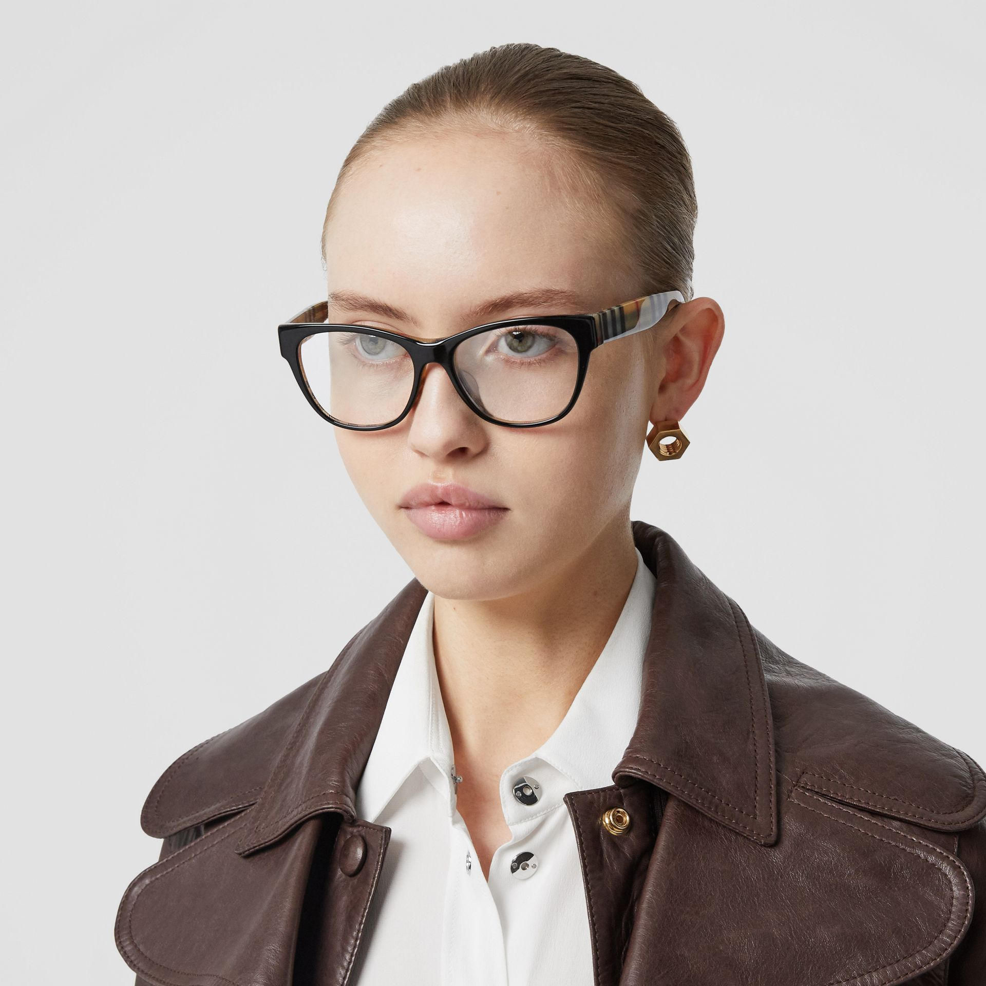 Vintage Check Detail Square Optical Frames in Black/beige - Women | Burberry - gallery image 2