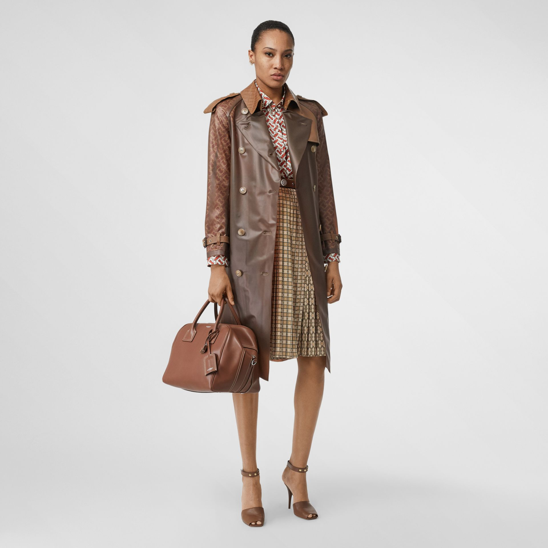 Medium Leather Cube Bag in Malt Brown - Women | Burberry - gallery image 5