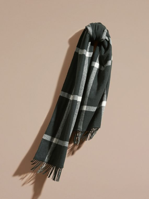 Sciarpa double face in cashmere a quadri tartan Verde Intenso