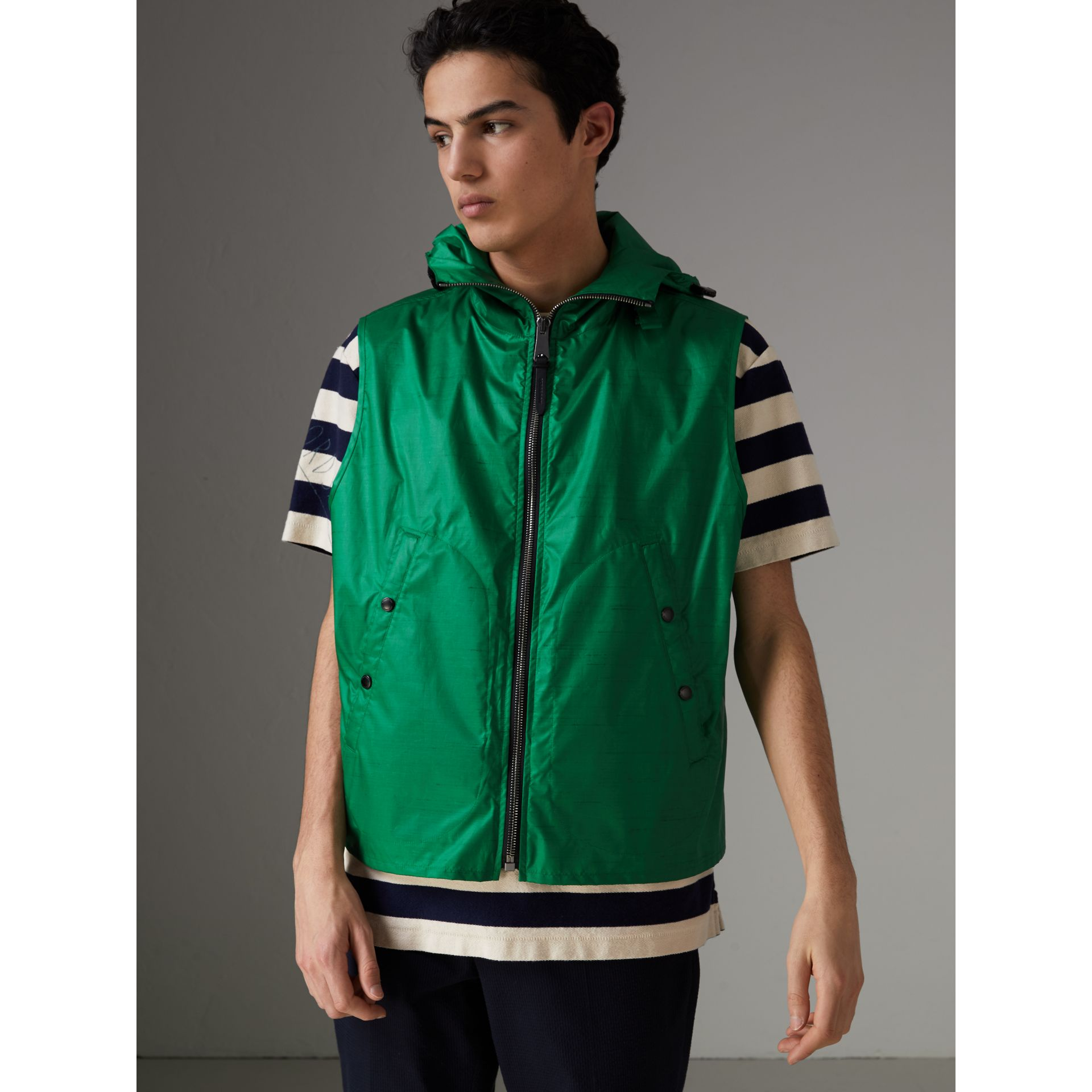 Packaway Hood Showerproof Jacket With Gilet in Vibrant Green - Men | Burberry - gallery image 4