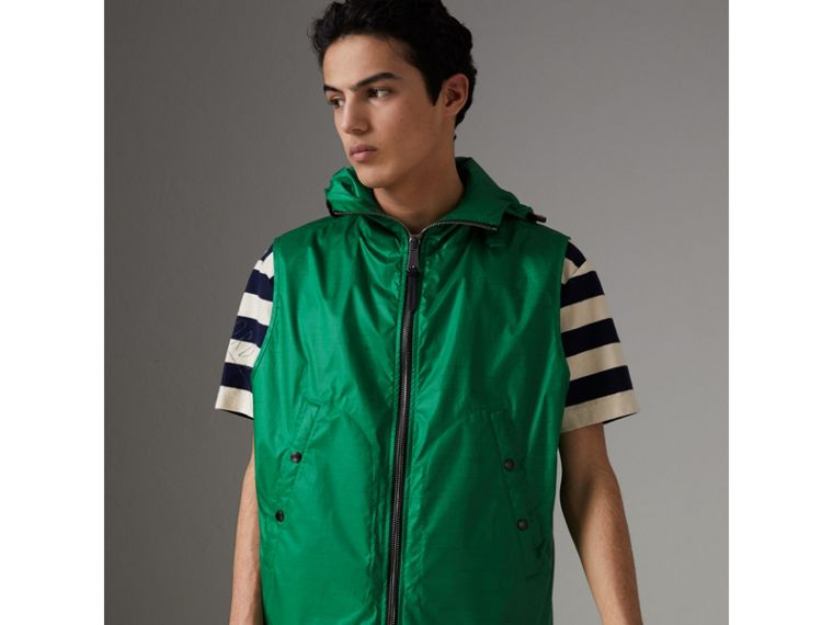 Packaway Hood Showerproof Jacket With Gilet in Vibrant Green - Men | Burberry - cell image 4