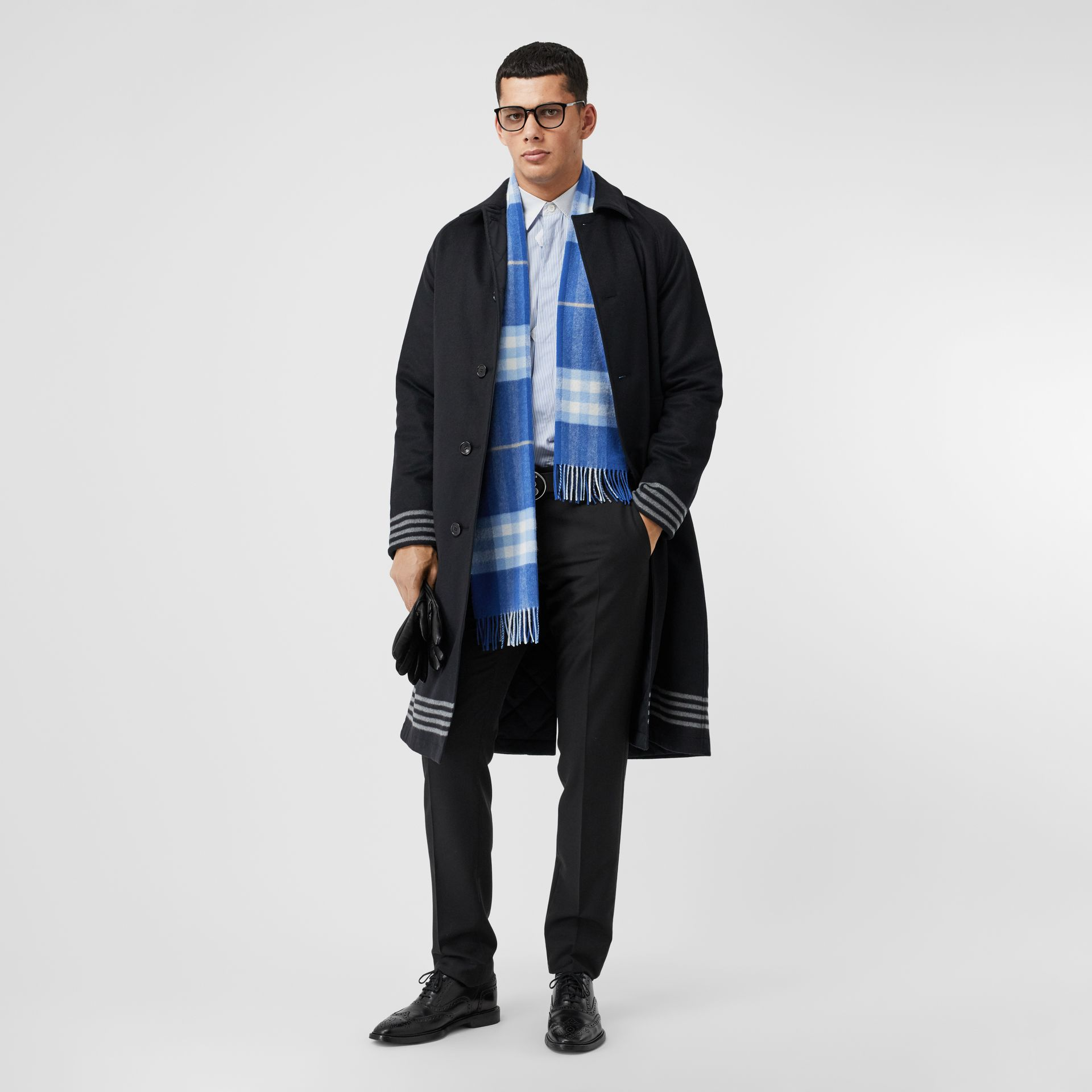 The Classic Check Cashmere Scarf in Inky Blue/bluebell | Burberry United Kingdom - gallery image 8