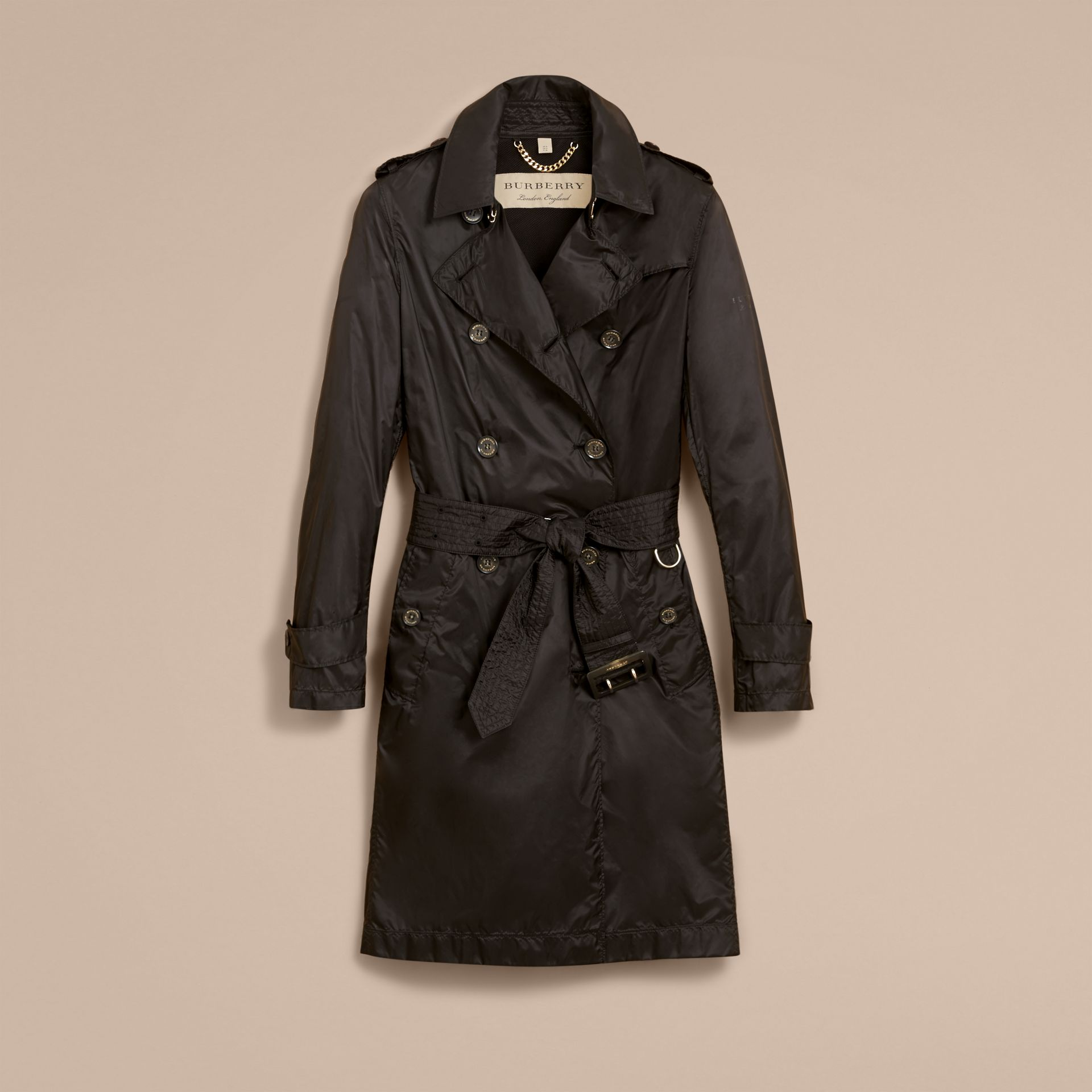 Super-lightweight Trench Coat in Black - Women | Burberry - gallery image 4