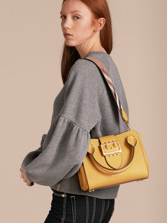 The Small Buckle Tote in Grainy Leather - cell image 2
