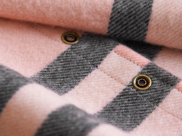 Exploded Check Cashmere Snood Rose - cell image 2