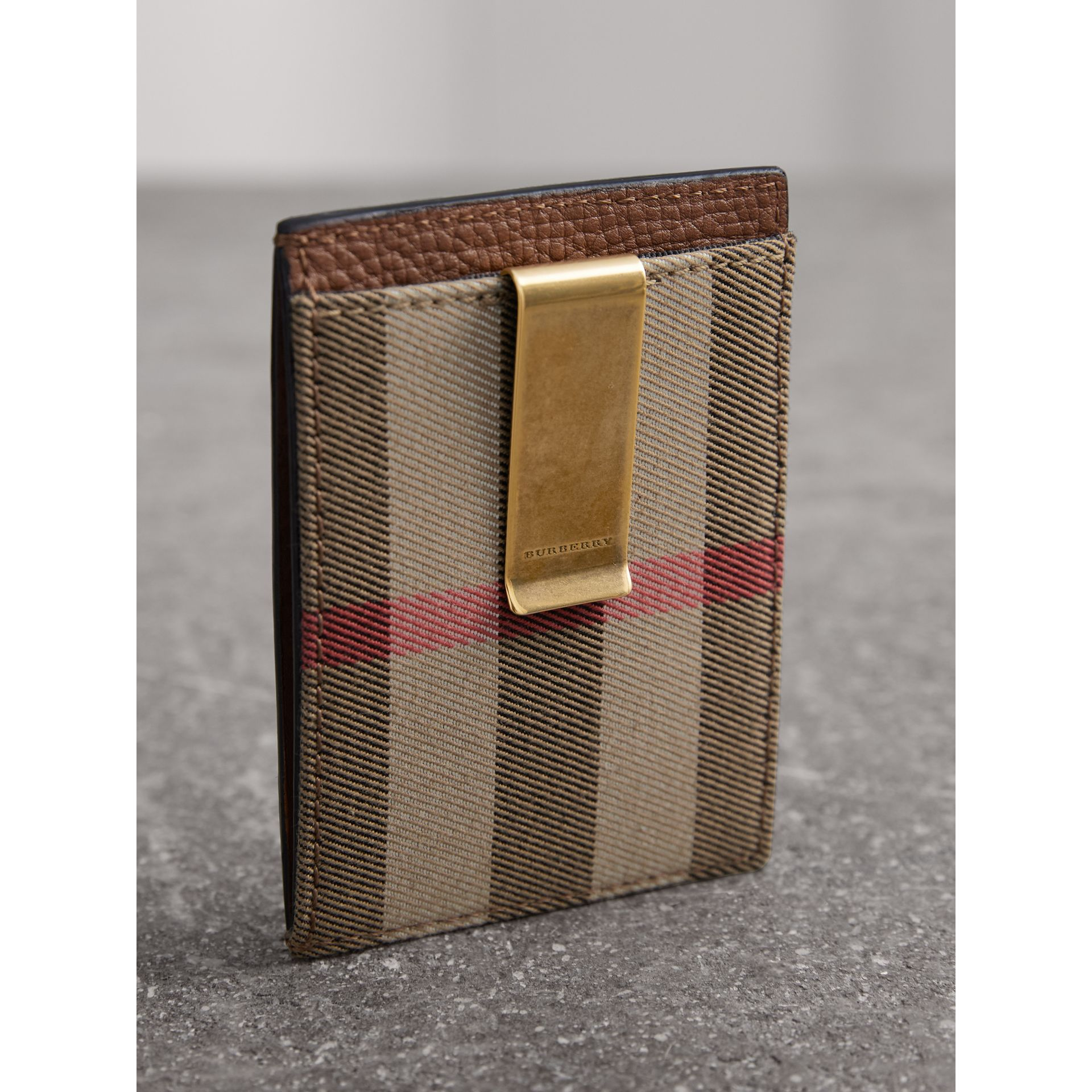 House Check and Leather Money Clip Card Case in Chestnut Brown - Men | Burberry United States - gallery image 2