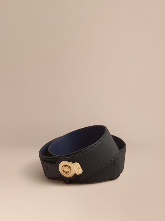 Two-tone Trench Leather Belt in Black / Ink Blue