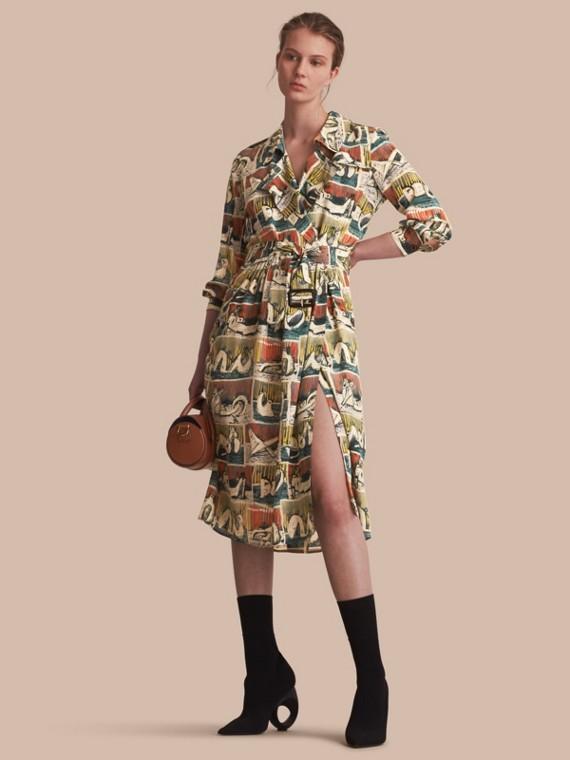 Vestido trench estilo wrap de seda com estampa de figuras reclinadas