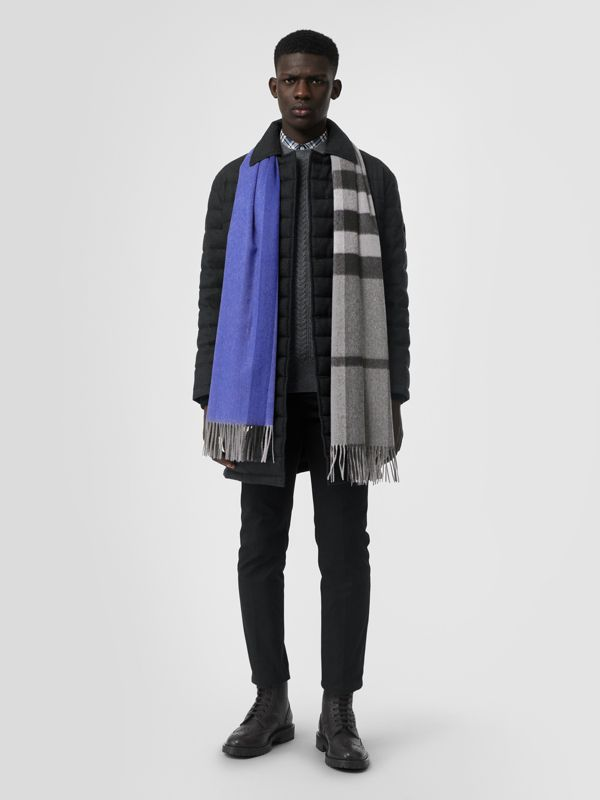Colour Block Check Cashmere Scarf in Bright Cobalt | Burberry Singapore - cell image 3