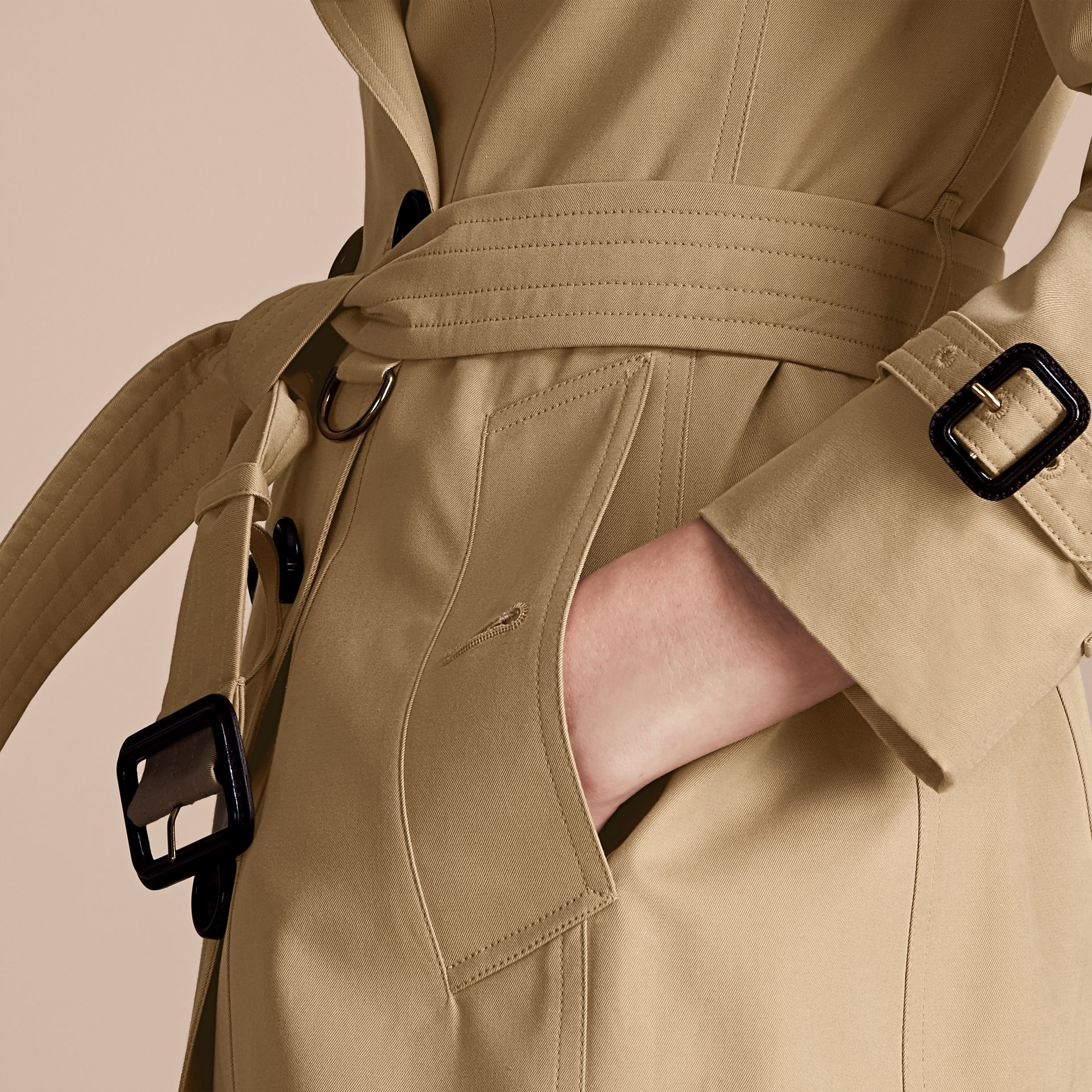 Miel Trench-coat Heritage court The Chelsea Miel - photo de la galerie 6