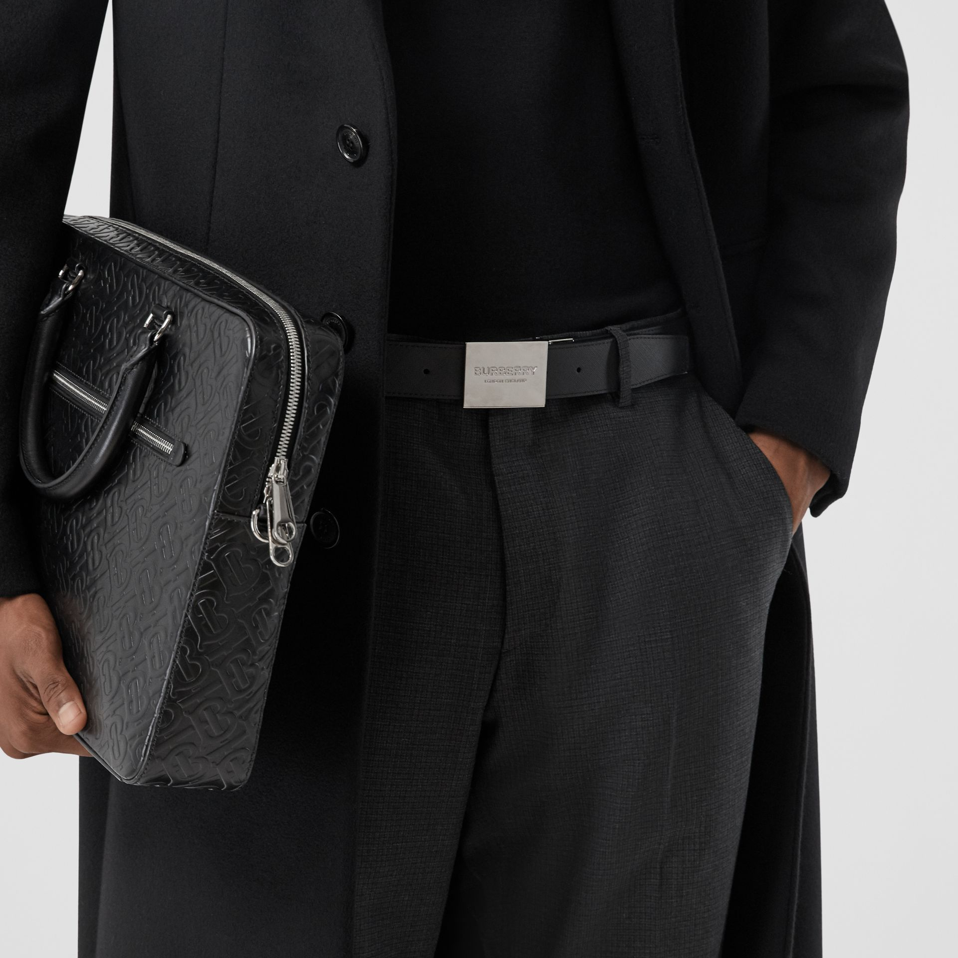 Reversible Plaque Buckle London Check Belt in Dark Charcoal/black - Men | Burberry Singapore - gallery image 2