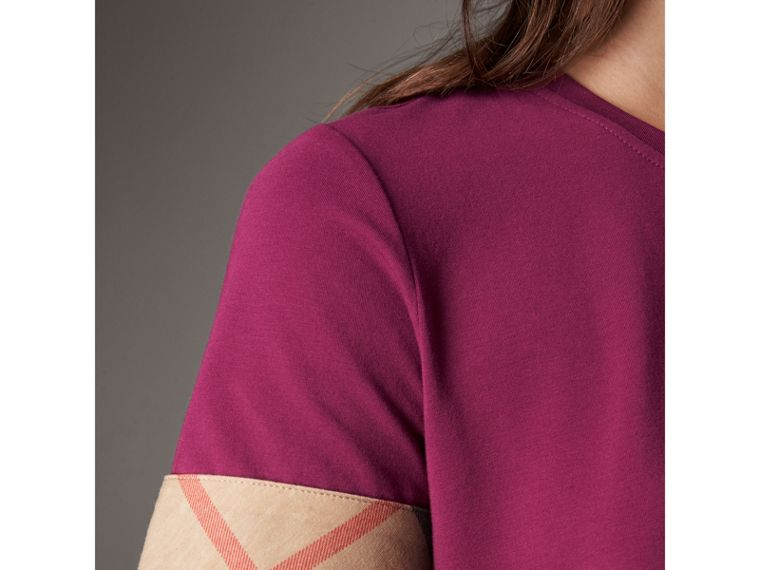 Check Cuff Stretch Cotton T-Shirt in Magenta Pink - Women | Burberry - cell image 4