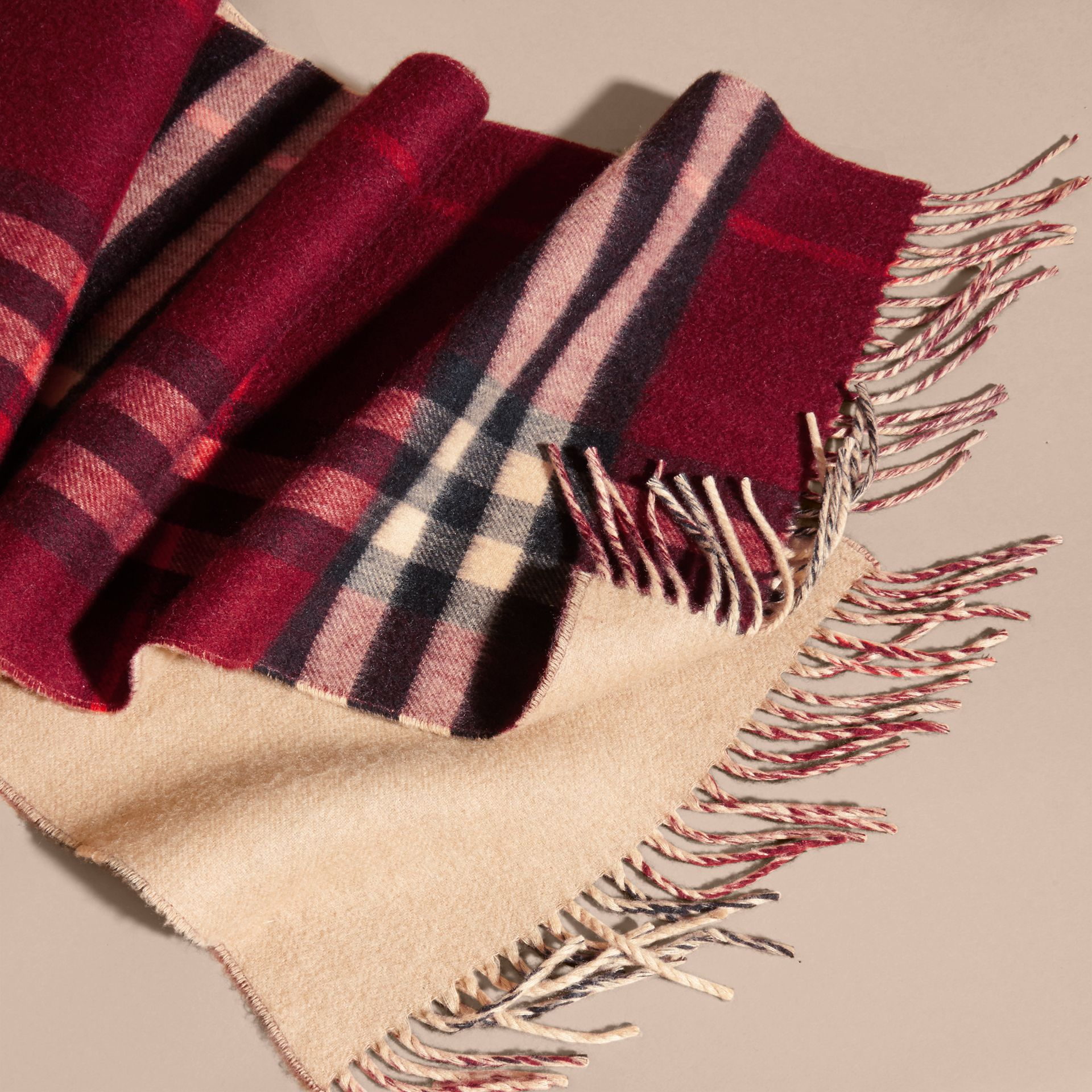 Reversible Check Cashmere and Block-colour Scarf in Claret - gallery image 5