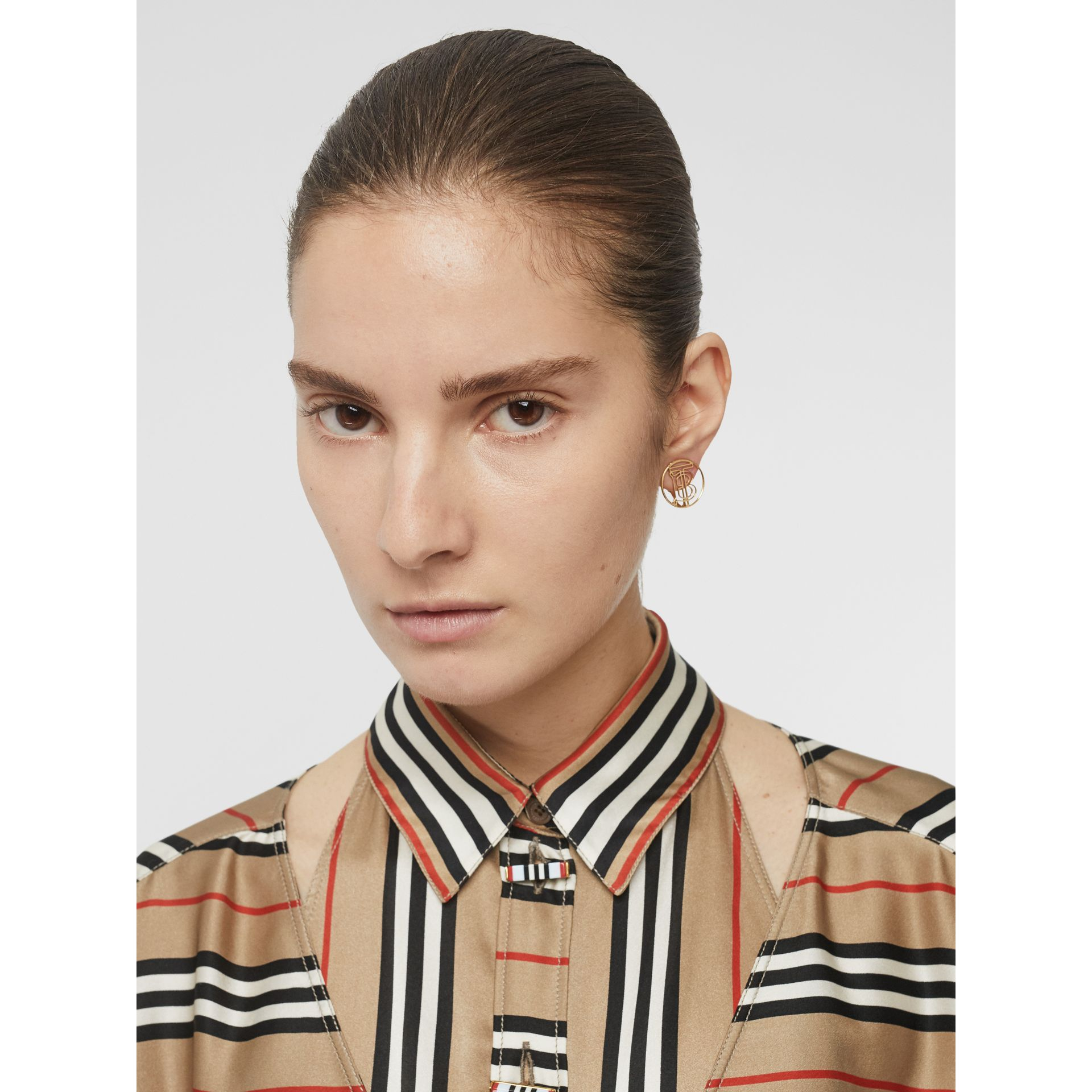 Cut-out Detail Icon Stripe Silk Oversized Shirt in Archive Beige - Women | Burberry - gallery image 5