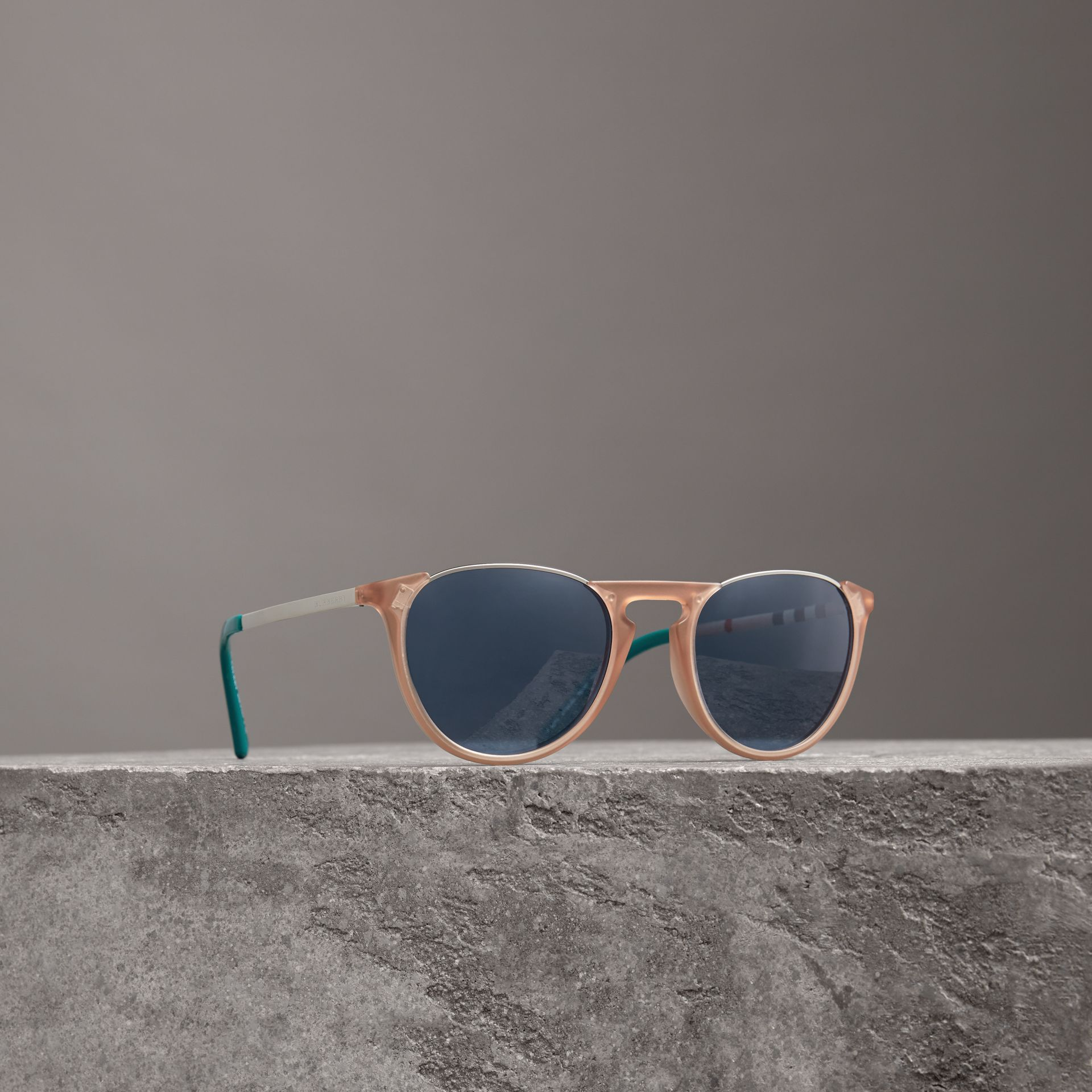 Keyhole Pilot Round Frame Sunglasses in Nude - Men | Burberry - gallery image 0