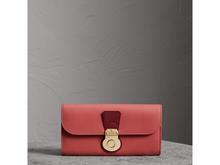 Two-tone Trench Leather Continental Wallet in Blossom Pink/antique Red - Women | Burberry - cell image 4