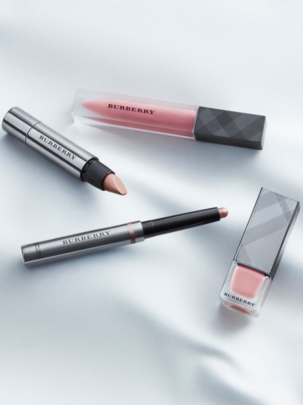 Карандаш для глаз Eye Colour Contour, Pale Nude № 102 (№ 102) - Для женщин | Burberry - cell image 2