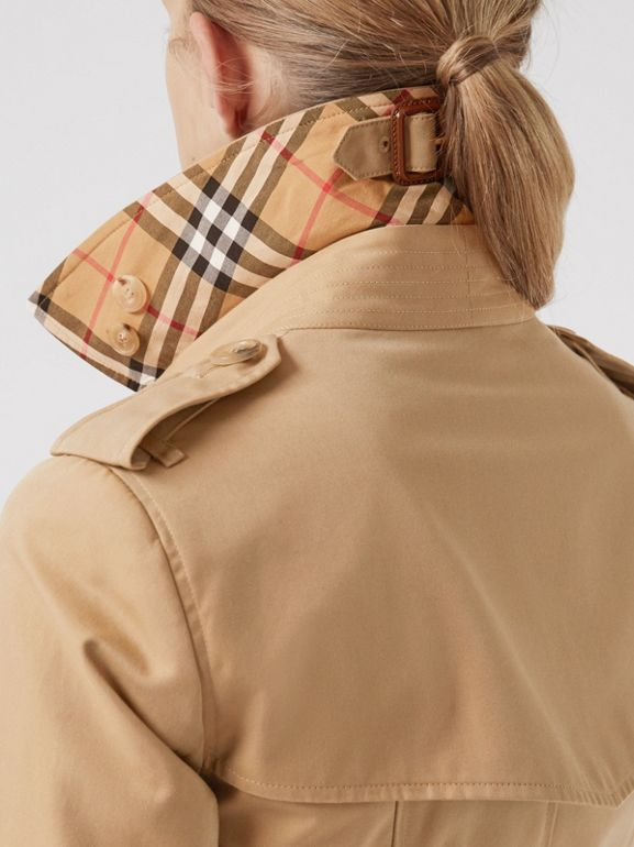 The Chelsea Heritage Trench Coat in Honey - Women | Burberry Hong Kong - cell image 1