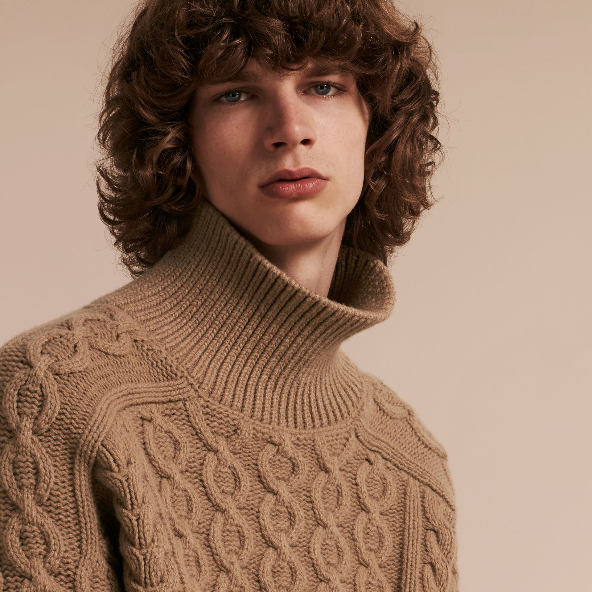 Camel Wool Cashmere Cable Knit Jumper - gallery image 5