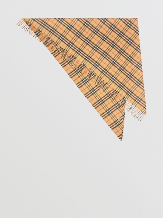 The Burberry Bandana in cashmere con motivo Vintage check (Giallo Antico)