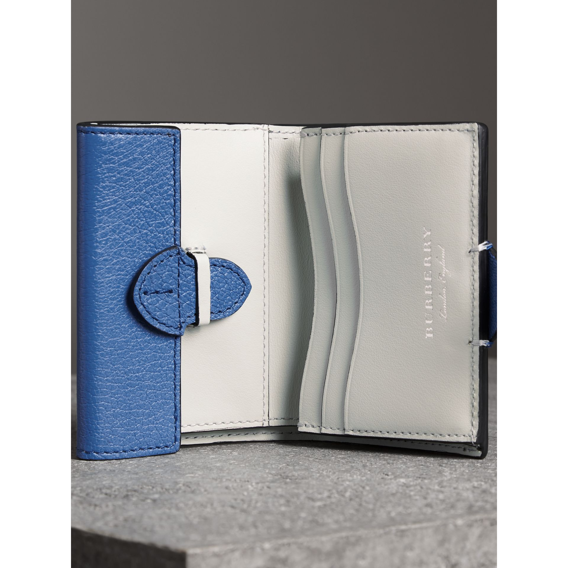 Equestrian Shield Two-tone Leather Folding Wallet in Hydrangea Blue - Women | Burberry Australia - gallery image 3