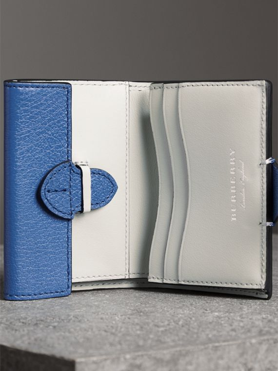 Equestrian Shield Two-tone Leather Folding Wallet in Hydrangea Blue - Women | Burberry - cell image 3