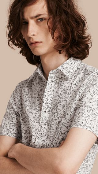 Short-sleeved Dash Print Cotton Shirt