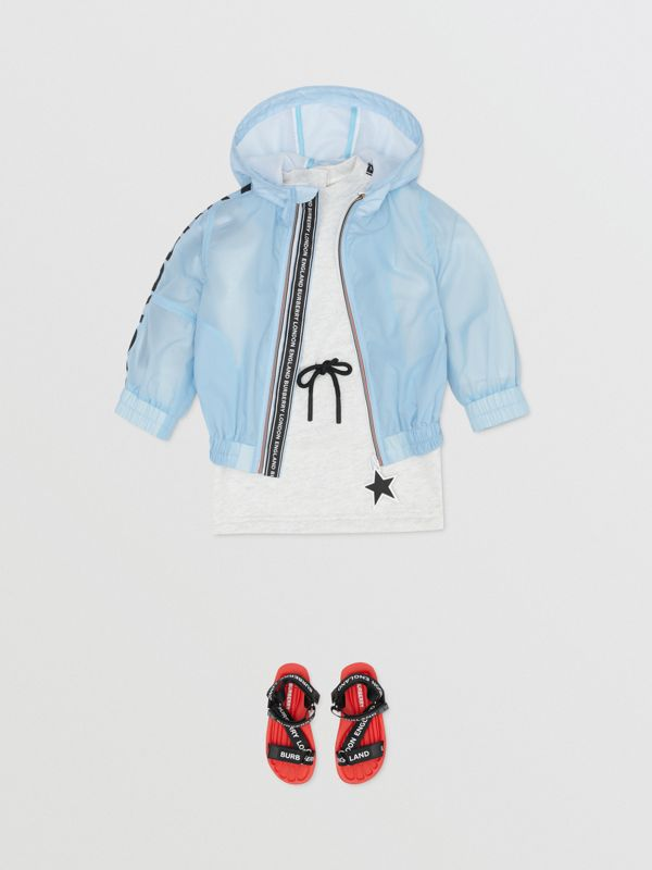 Star Detail Logo Print Lightweight Hooded Jacket in Light Blue - Children | Burberry Hong Kong S.A.R - cell image 2