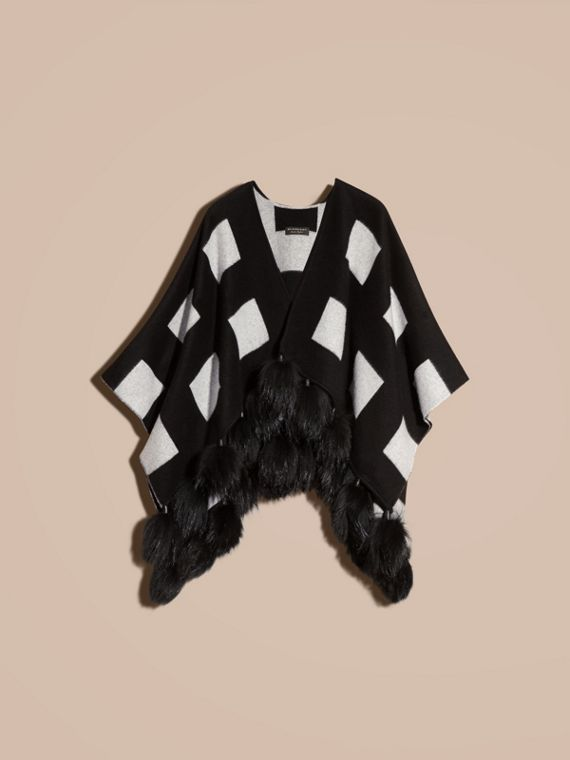 Black/white Check Jacquard Cashmere Poncho with Raccoon Pom-poms - cell image 3