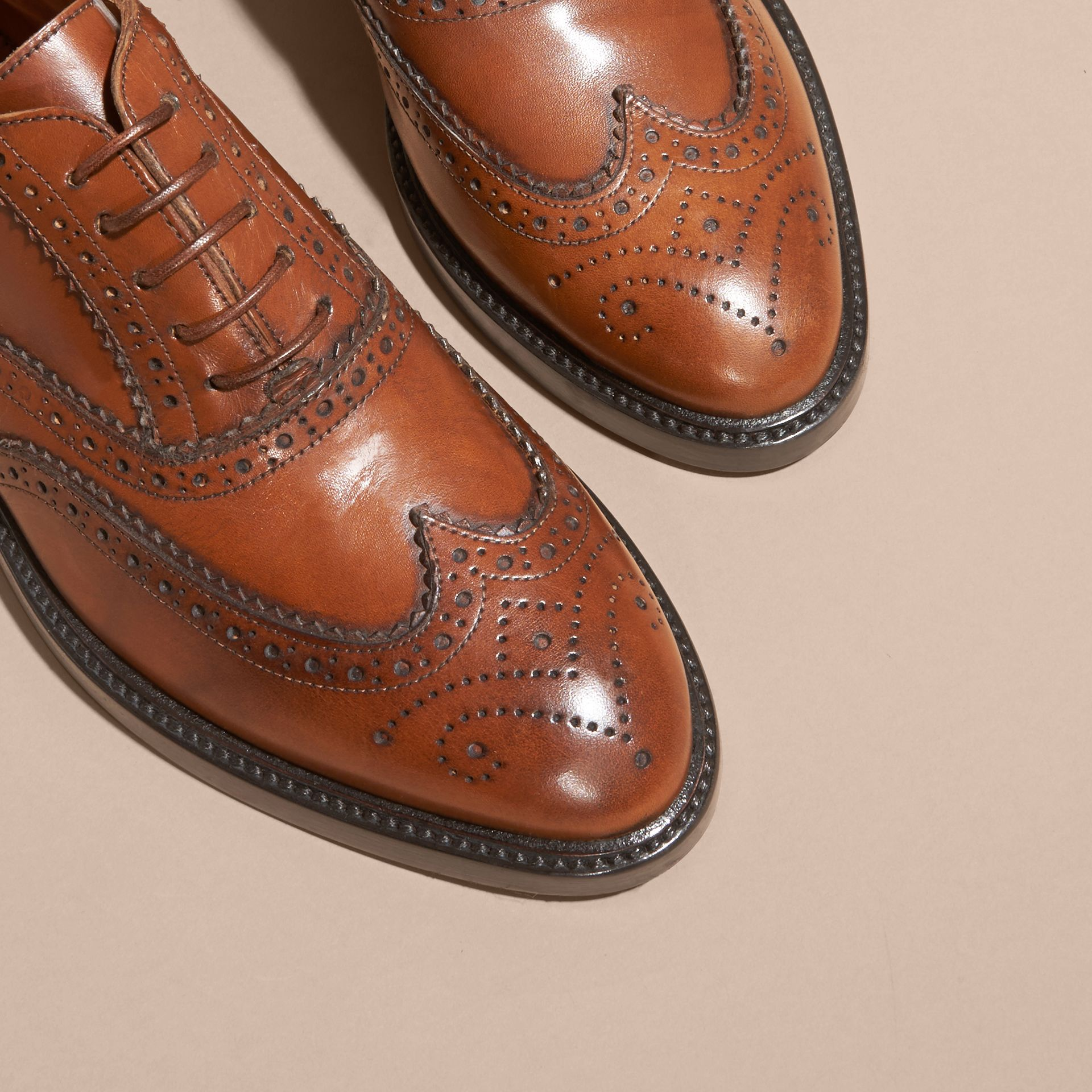 Bright camel Leather Wingtip Brogues Bright Camel - gallery image 2