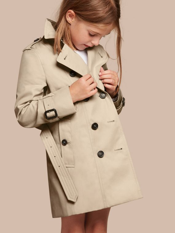 The Sandringham – Heritage Trench Coat in Stone