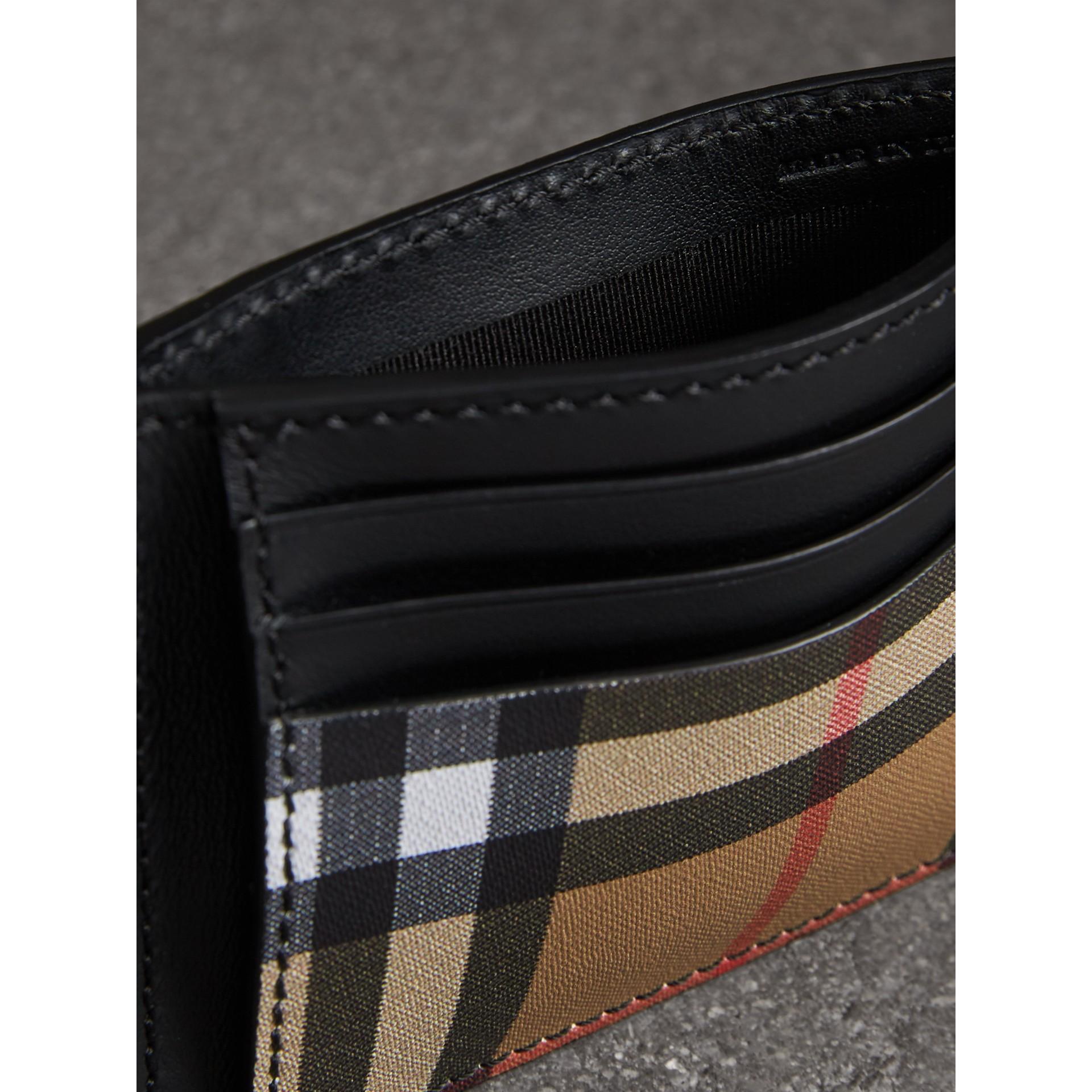 ヴィンテージチェック&レザー マネークリップ カードケース (ブラック) - メンズ | バーバリー - ギャラリーイメージ 3