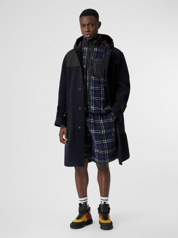 Vintage Check Faux Shearling Drawcord Shorts in Navy