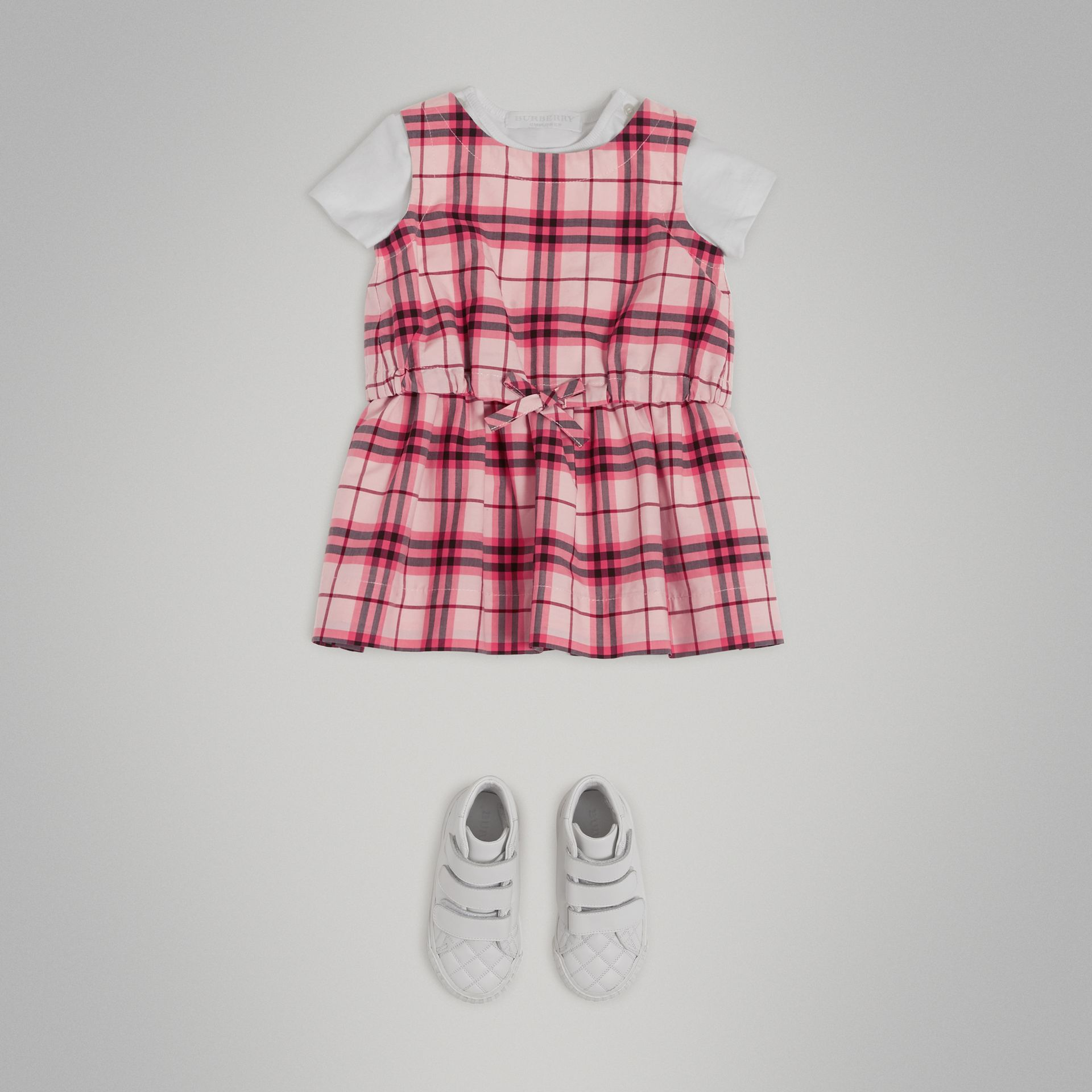 Gathered Check Cotton Dress in Bright Rose - Children | Burberry United Kingdom - gallery image 2