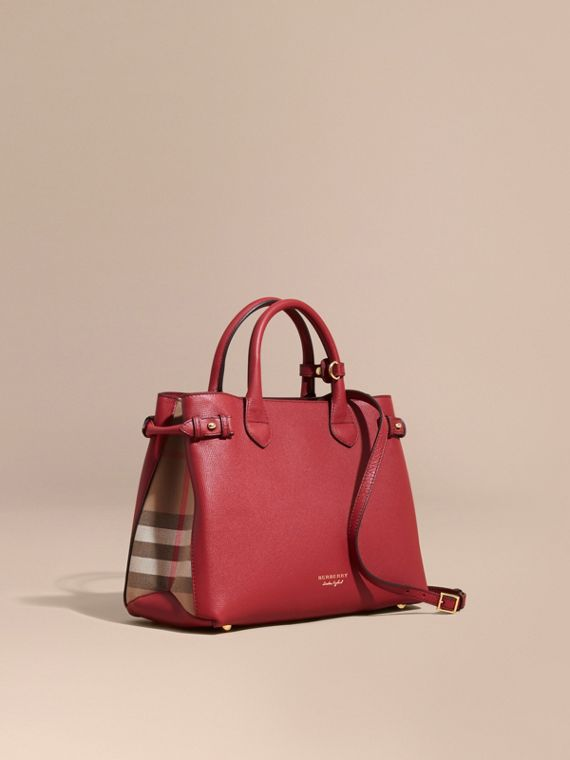 The Medium Banner in Leather and House Check in Russet Red - Women | Burberry
